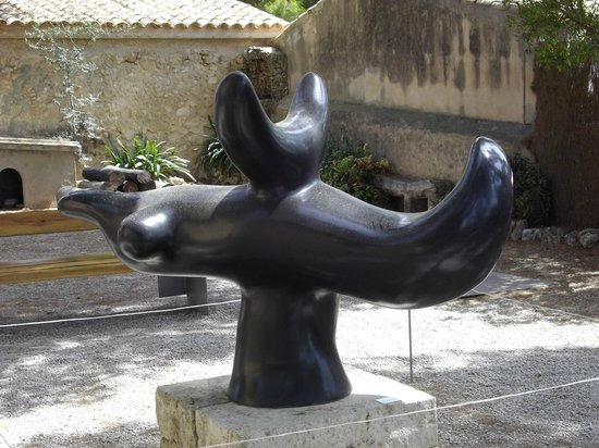 Sculpture outside Miro\'s House / studio - Picture of Pilar and Joan ...
