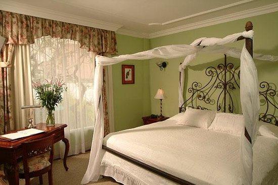 Casa Aliso: Matrimonial Room