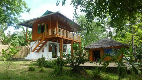 Raja Laut Dive Resort:                   Office and diving center