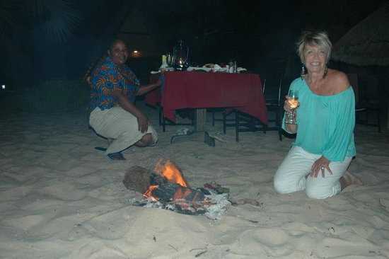Pestana Bazaruto Lodge All Inclusive :                   Beach Bonfire and supper - Heaven