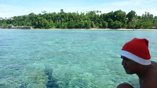 Raja Laut Dive Resort:                   Christmas morning diving experience
