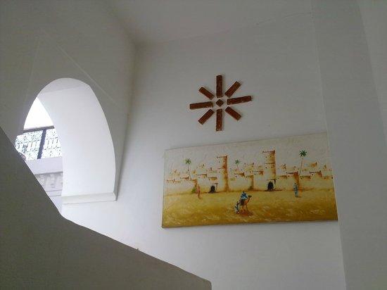 Riad Ailen :                   acceso a la terraza superior