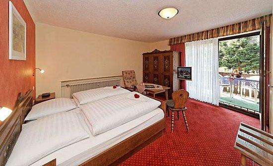 Hotel Waldfrieden Photo
