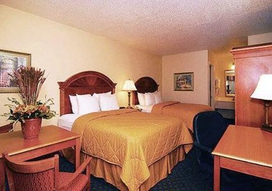 Comfort Inn Sun City Center Photo