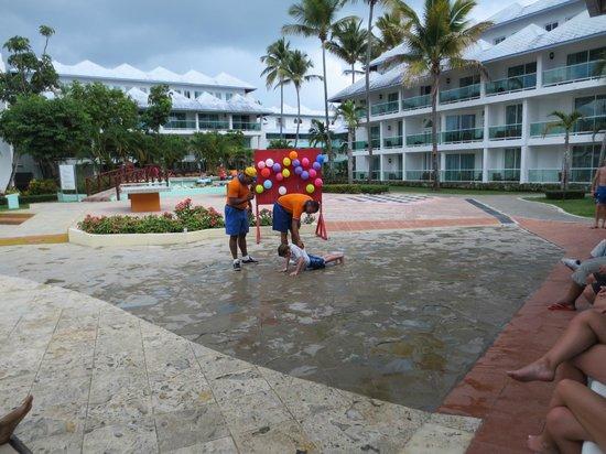 Grand Paradise Playa Dorada:                                     STAFF