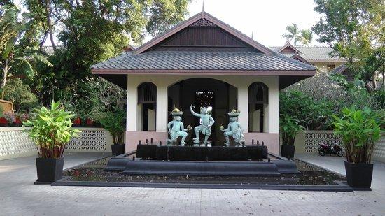 Anantara Bophut Koh Samui Resort:                   Hotel entrance                 