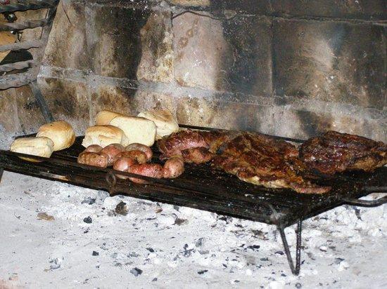 Posada El Encuentro: barbecue