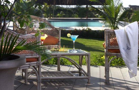 Hotel Vila Selvagem: Cocktail na piscina