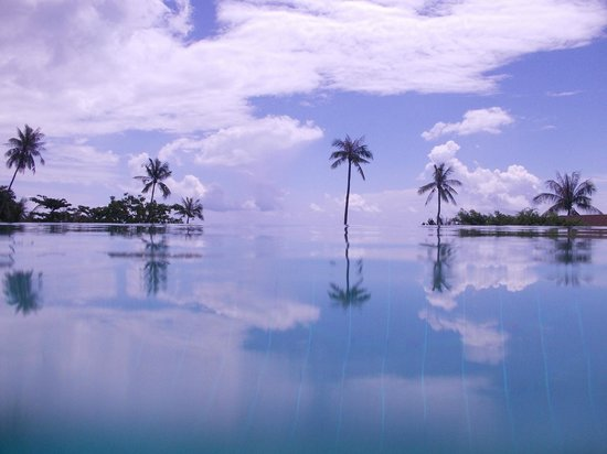 ShaSa Resort & Residences, Koh Samui:                   To infinity and beyond
