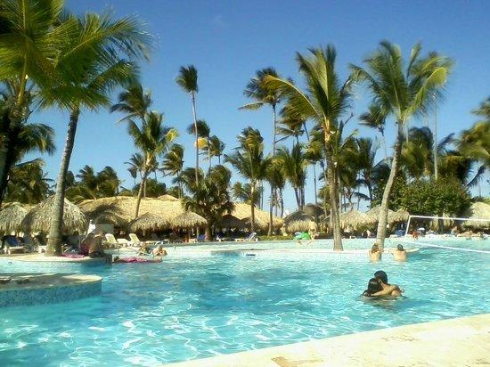 Iberostar  Bávaro Suites:                   Iberostar Hotel Pool