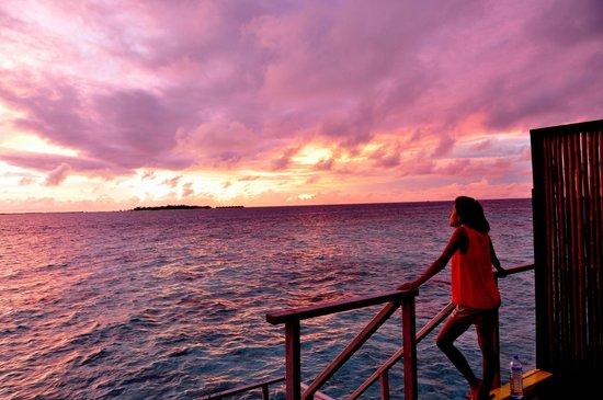 Adaaran Prestige Vadoo:                   Sunset villa view