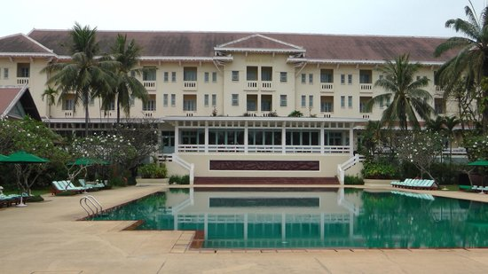 Raffles Grand Hotel d'Angkor:                                     hotel view from the pool