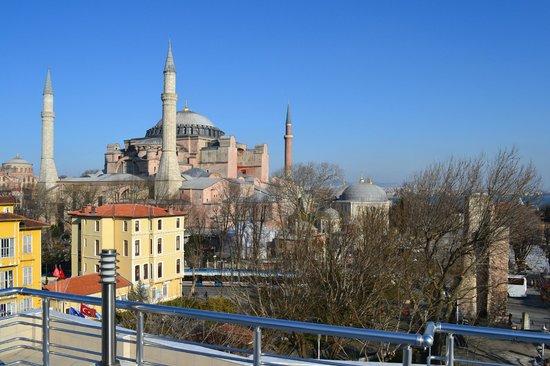Palmiye Restaurant Istanbul