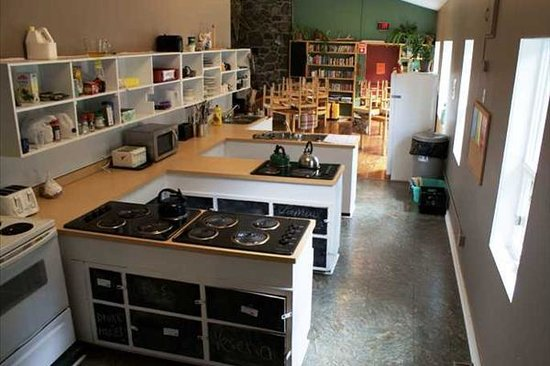 HI-Jasper : Shared Kitchen