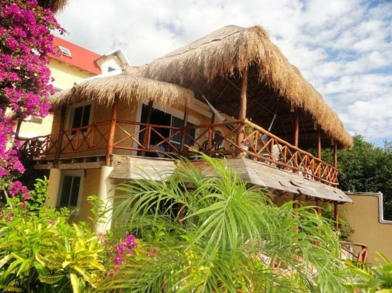 Hotel La Joya:                   Great hotel in cliff