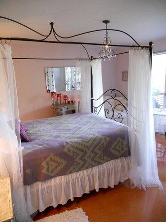 Casa del Sol at Lake Travis B&B: Lavender Suite