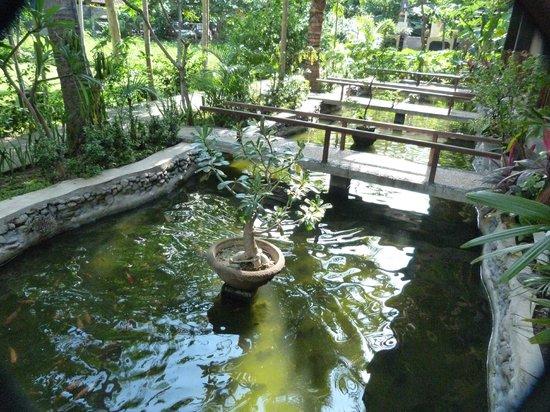 Bali Bhuana Beach Cottages:                   exterior de la habitacion