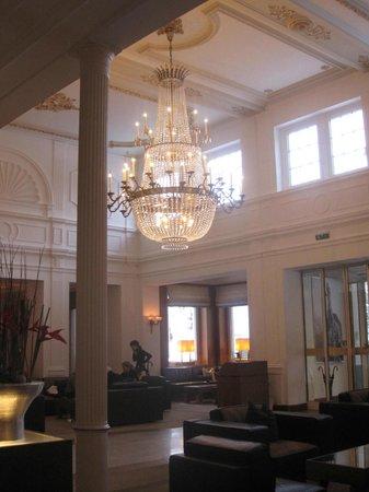 Kempinski Grand Hotel des Bains St. Moritz:                   Foyer