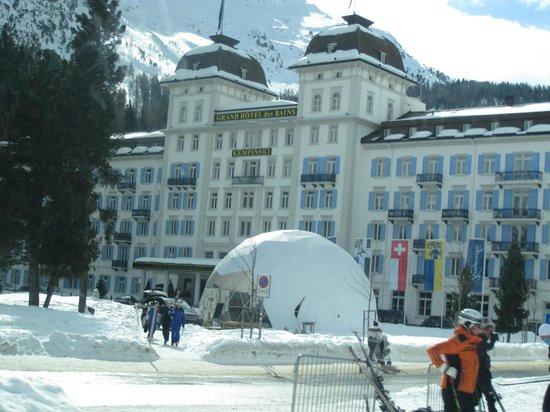 Kempinski Grand Hotel des Bains St. Moritz:                   Kempinski Hotel frontage