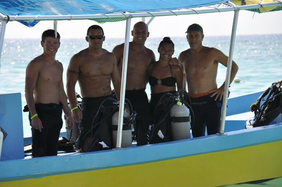 Bananarama Beach and Dive Resort:                   Diving w/ Marco