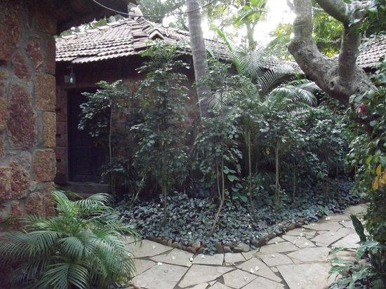 Hotel Laguna Anjuna:                   в отеле