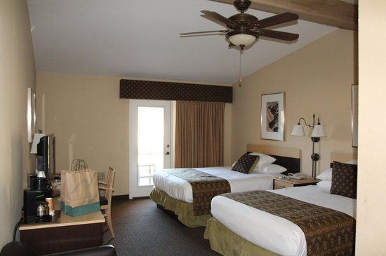 Furnace Creek Inn and Ranch Resort:                   Deluxe 2 Queen Room