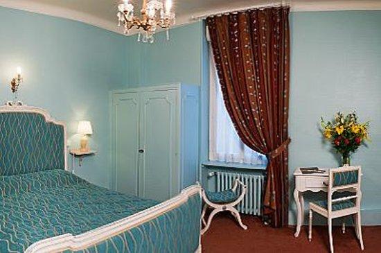 Le Dauphin Hotel: chambre d'hotel