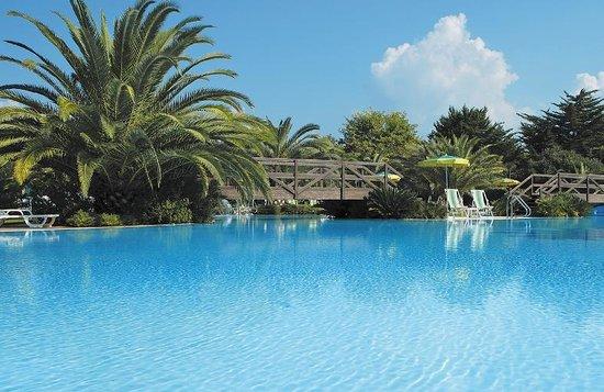 Oleandri Resort Paestum - Hotel Residence Villaggio Club:                   Beautiful location for a family getaway.