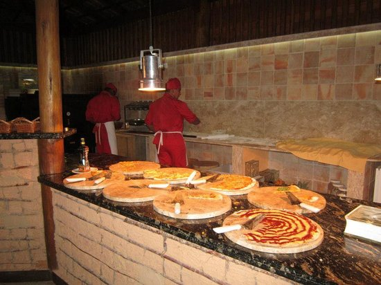Resort La Torre:                   Fábrica de Pizzas