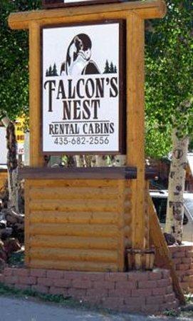 Falcons Nest Cabins