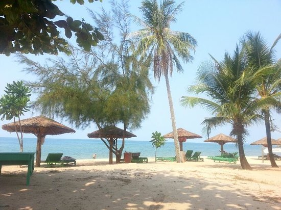 Thanh Kieu Beach Resort:                                     beach