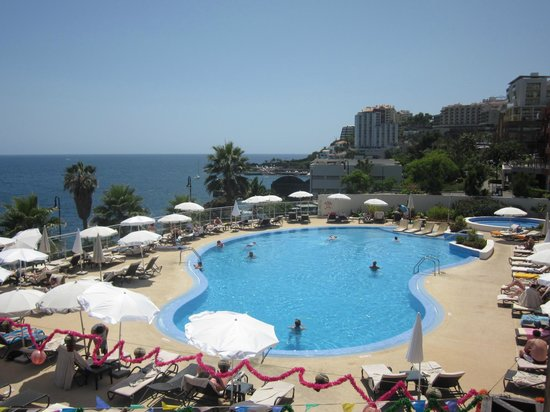Melia Madeira Mare Resort & Spa:                   main pool