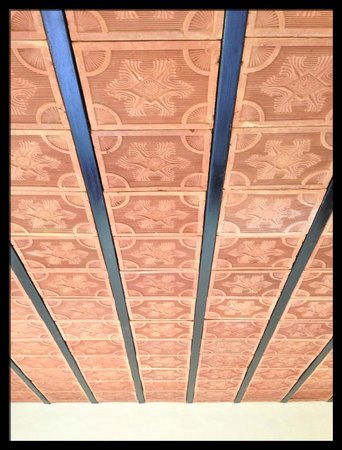 Royal Mist:                                     Beautiful tiled ceiling in room
