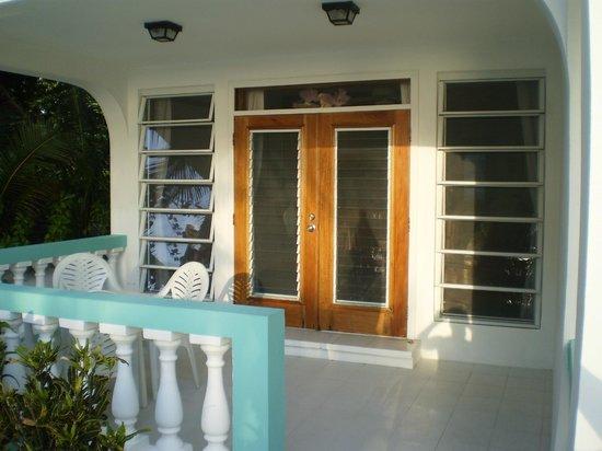 Coral Bay Villas:                   patio