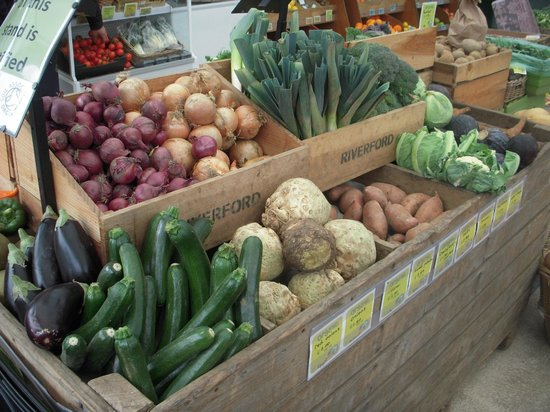 Ben's Organic Farm Shop and Cafe: Pick up cooking tips from Neil