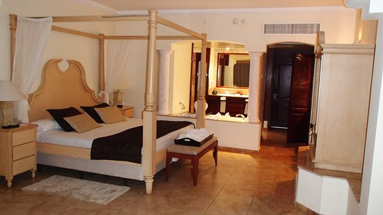 Majestic Colonial Punta Cana:                   nice room