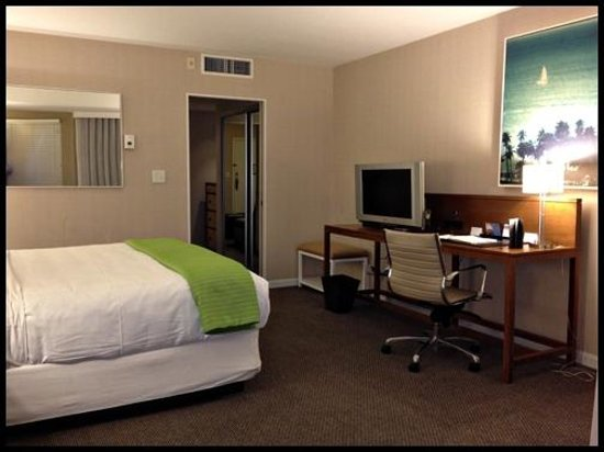 Hyatt Regency Mission Bay:                   Room 2223 - Waterfront King Suite