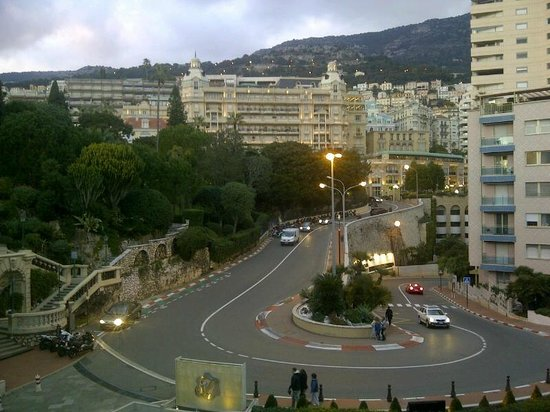 Fairmont Monte Carlo:                   5th Floor view overlooking the main Hotel Gate & Mountain