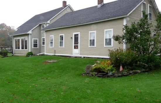 Shearer Hill Farm B&B:                   Rear of House
