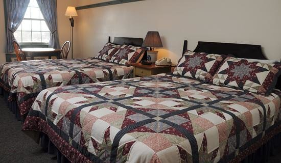 The Inn At Walnut Creek: Amish charm and craftsmanship abounds in each of our uniquely appointed rooms, including furnish