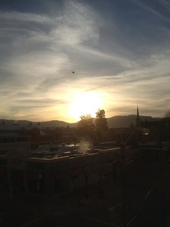 Andaz Napa:                   sunrise from huge windows rm 330