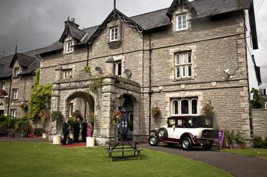 The Old Rectory Country Hotel and Golf Club: wedding arrival