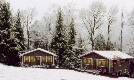 Belleayre Lodge: Cabins 5A & 4A