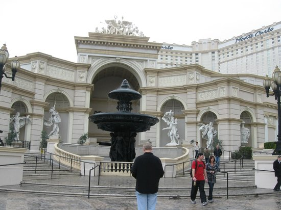 Monte Carlo Resort & Casino:                   monte carlo hotel from the strip view