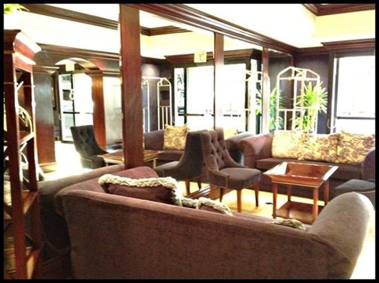 Empress Hotel:                   Lobby / Reception