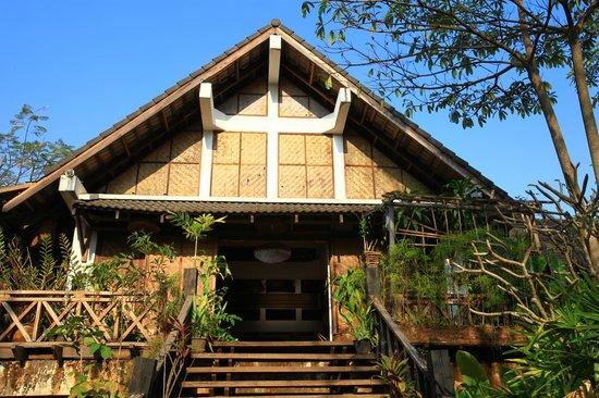 Tadlo Lodge :                   l'entrée