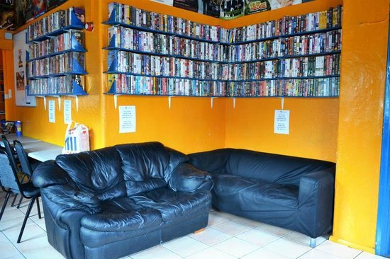 London Backpackers : Common Room
