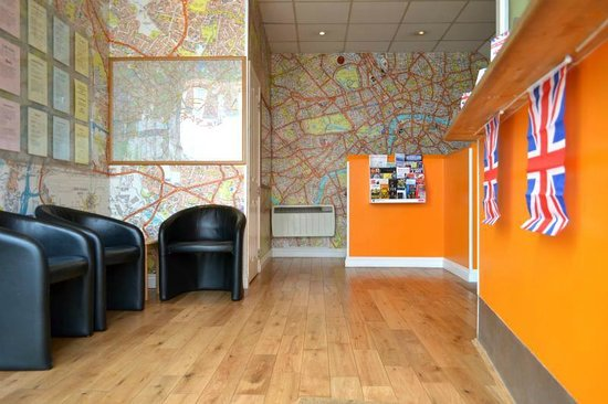 London Backpackers : Reception