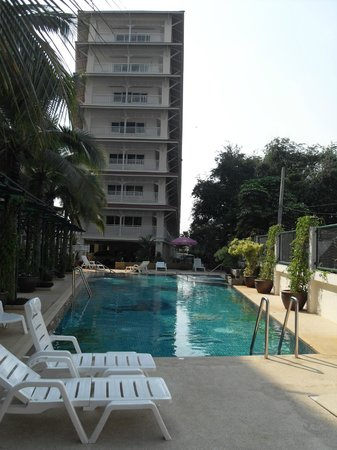 Baan Klang Hua Hin Condo & Resort:                   swimming pool