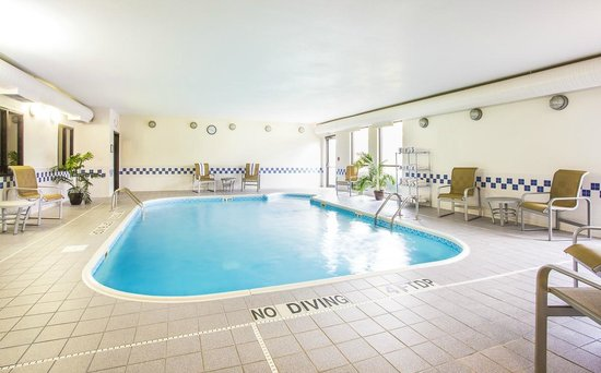 Best Western Plus Mishawaka Inn: Indoor Pool